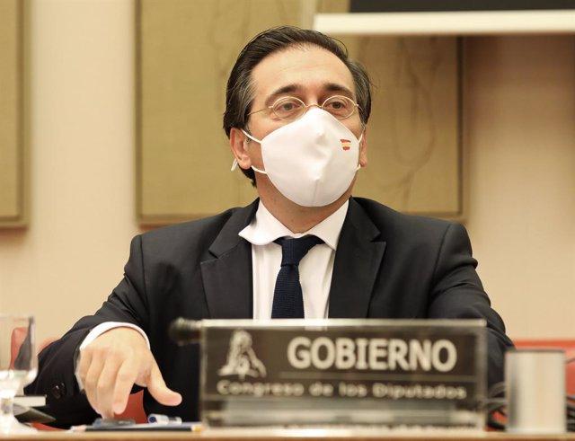 El ministro de Asuntos Exteriores, Unión Europea y Cooperación, José Manuel Albares, comparece durante una rueda de prensa sobre la crisis de Afganistán, a 30 de agosto de 2021, en Madrid, (España). Durante la comparecencia el ministro ha explicado, ademá