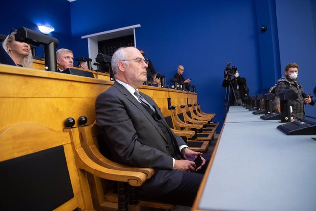 HANDOUT - 30 August 2021, Estonia, Tallinn: Alar Karis, director of the Estonian National Museum, attends a session at the Estonian Parliament to vote on the country's new president. Karis was elected by Estonia's Parliament as the the new president in a