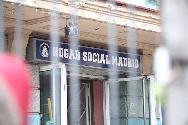 Archivo - La Policía desaloja a los okupas del colectivo neonazi Hogar Social en la Calle Velázquez de Madrid