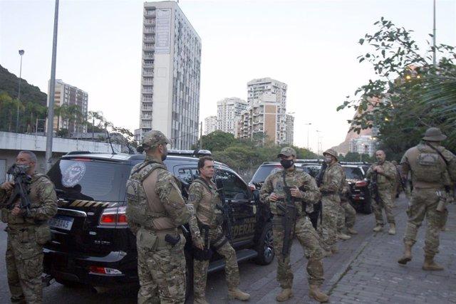 Archivo - Policía Federal brasileña.