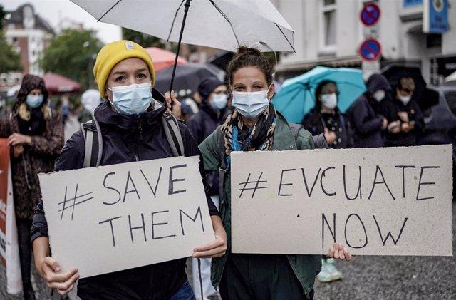 Manifestación de solidaridad con Afganistán celebrada en Hamburgo
