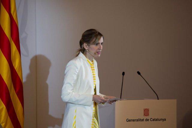 Archivo - Arxivo - La consellera d'Accíon Exterior i Transparència, Victòria Alsina, en una imatge d'arxiu.