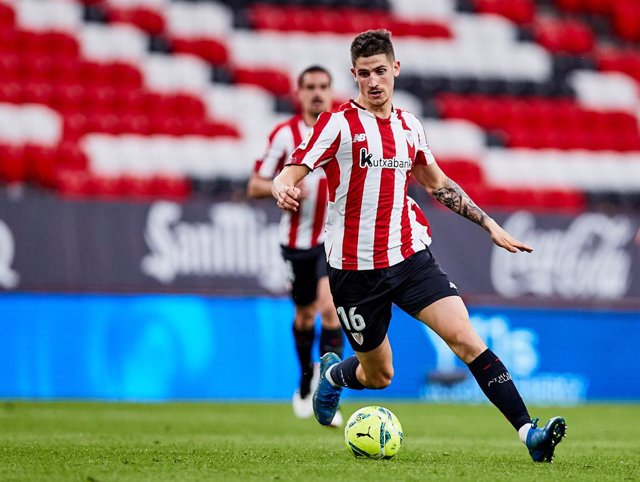 Archivo - Oihan Sancet of Athletic Club during the Spanish league, La Liga Santander, football match played between Athletic Club and Real Madrid CF at San Mames stadium on May 16, 2021 in Bilbao, Spain.