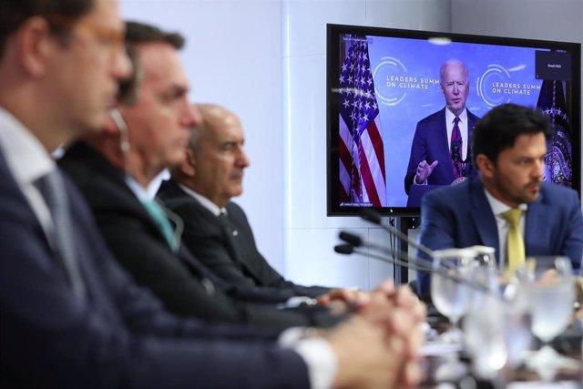Archivo - El presidente brasileño Jair Bolsonaro, asiste a la Cumbre virtual de Líderes sobre el Clima, convocada por el presidente estadounidense Joe Biden.