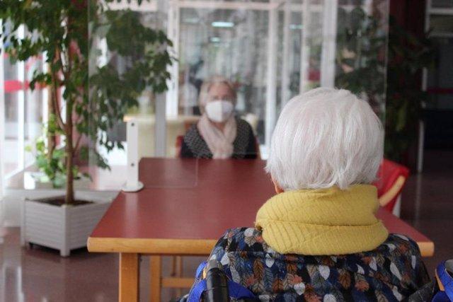 COVID en residencia de mayores, ancianos, vejez