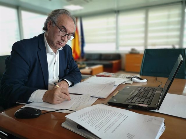 Archivo - El conseller de Educación y Formación Profesional, Martí March.