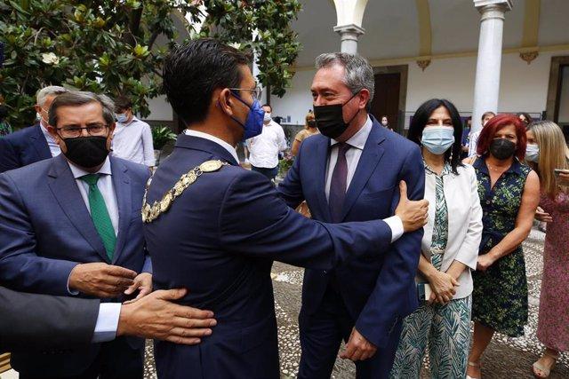 Archivo - Pleno del Ayuntamiento de Granada para la elección del nuevo alcalde de la ciudad, Francisco Cuenca del PSOE