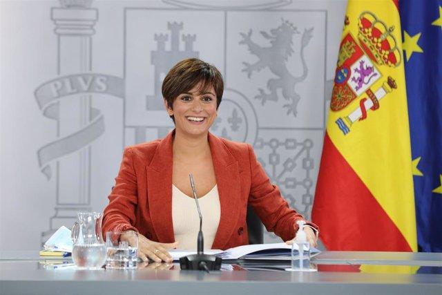 La ministra de Política Territorial, Isabel Rodríguez García, en la roda de premsa posterior al Consell de Ministres