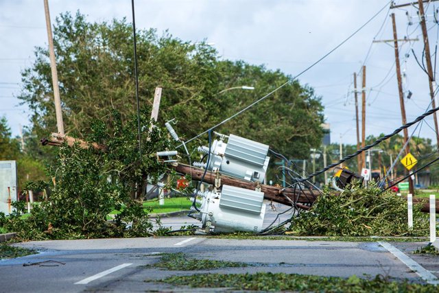 30 August 2021, US, New Orleans: Power lines are down after Hurricane Ida devastated the region in New Orleans. Photo: Jschwind/Entergy Corp. via ZUMA Press Wire Service/dpa