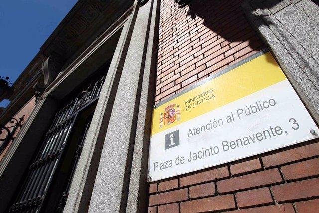 Archivo - Fachada del Ministerio de Justicia.