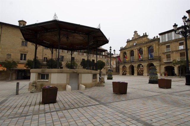 Archivo - Plaza de la Paz de Haro (La Rioja)