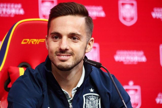 Archivo - Pablo Sarabia attends during the presentation of Cerveza Victoria as new sponsor of Spain Team ahead of a friendly football match against Portugal on june 4, as part of the team's preparation for the upcoming 2020 UEFA Euro Cup football tourname