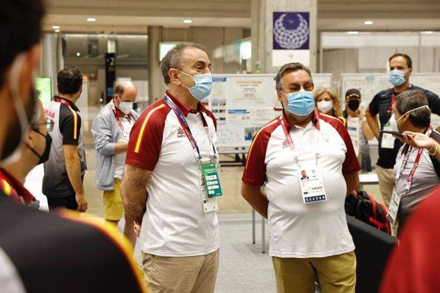 José Manuel Franco y Miguel Carballeda atienden a los medios en Tokio