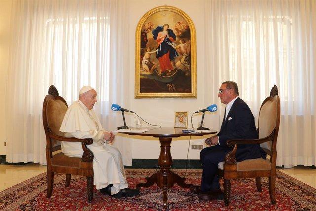 Entrevista de Carlos Herrera al papa Francesc a Roma