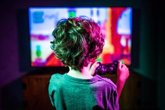 Foto: Los pediatras alertan de que los jóvenes pasan al día más de cinco horas frente a pantallas