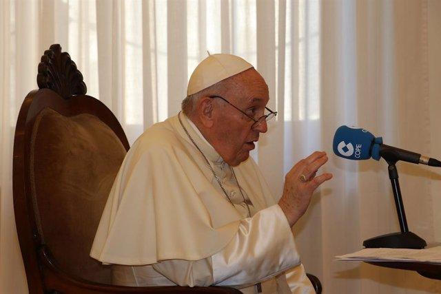 El Papa Francisco concede una entrevista a la Cadena COPE