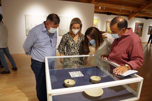 Imagen de archivo de la inauguración de la exposición 'De par en par'.