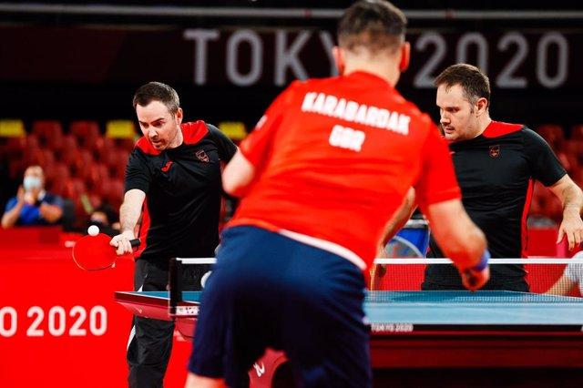 Alvaro Valera y Jordi Morales durante su partido de dobles ante Gran Bretaña en los Juegos Paralímpicos de Tokio