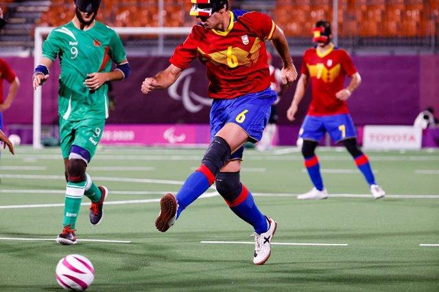 Adolfo Acosta durante el España-Marruecos de Fútbol-5 para ciegos de los Juegos Paralímpicos de Tokio