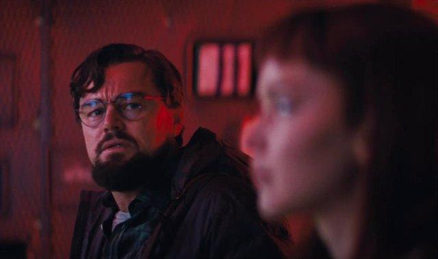 Leonardo DiCaprio y Jennifer Lawrence en Don't Look Up de Netflix