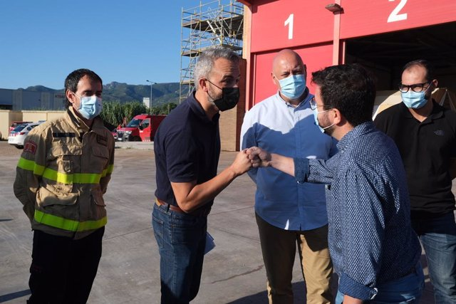 El president de la Generalitat, Pere Aragonès, es reuneix amb els serveis d'emergències per analitzar al situació després de les inundacions a la província de Tarragona.