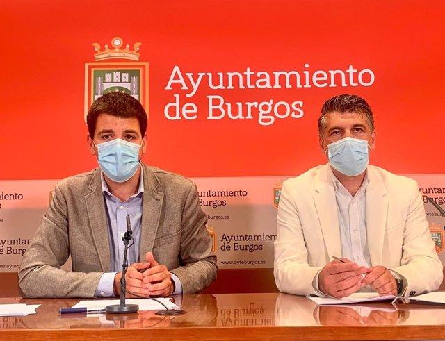 El concejal de Hacienda de Burgos, David Jurado, y el vicealcalde y portavoz municipal de Cs, Vicente Marañón.