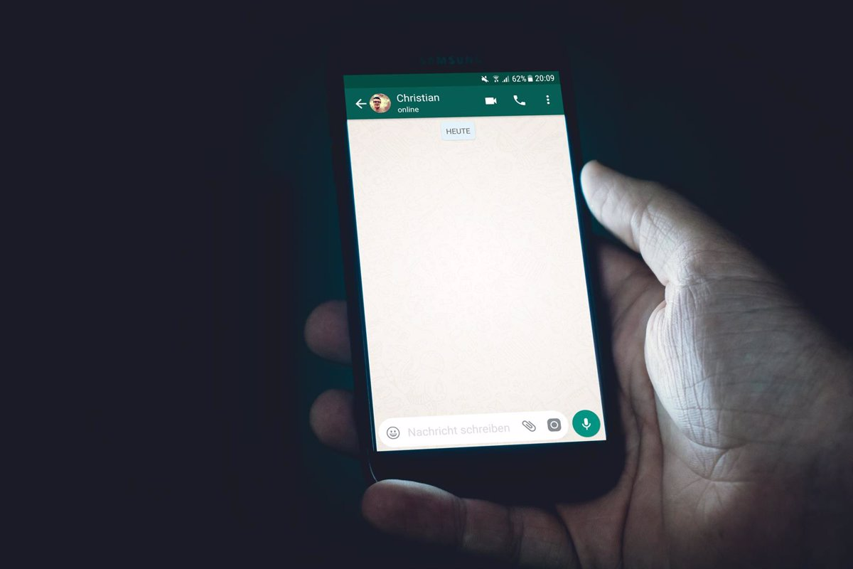 They discover a vulnerability in WhatsApp that exposed information with its image filter