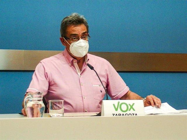 Archivo - Foto de archivo del portavoz del grupo municipal de VOX en el Ayuntamiento de Zaragoza, Julio Calvo.