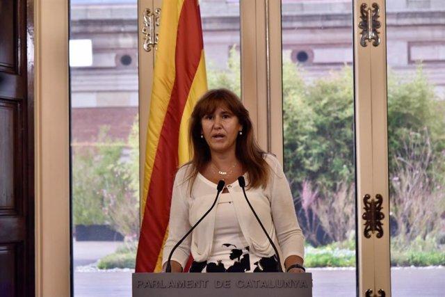La presidenta del Parlament, Laura Borràs, en una compareixença per anunciar la concessió de la Medalla d'Honor de la institució