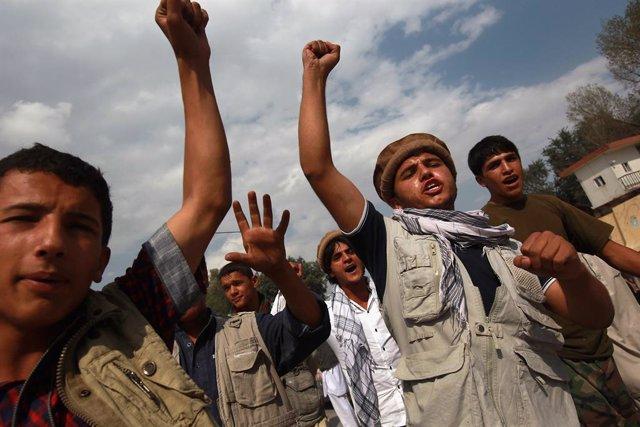 Archivo - Milicianos antitalibán en la provincia de Panjshir
