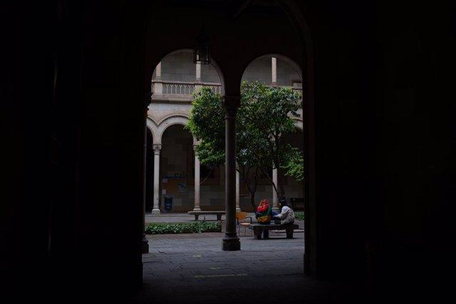 Archivo - Arxivo - Edifici de la Universitat de Barcelona (UB). Foto d'arxiu.