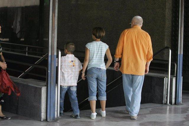 Archivo - Recursos Familias. Padres e hijos.