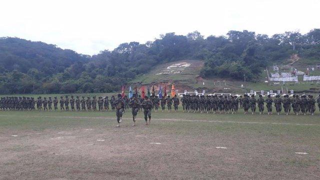 Archivo - Militares bolivianos
