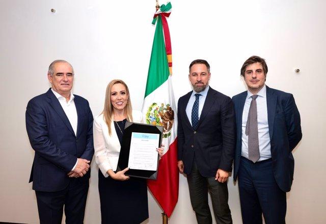 El líder de Vox y presidente de la Fundación Disenso, Santiago Abascal, en un viaje a México