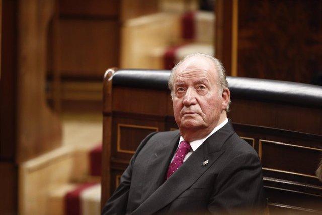 Archivo - El rey emérito don Juan Carlos en el acto conmemorativo del 40º aniversario de la Constitución de 1978.
