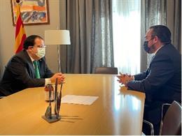 El conseller d'Interior de la Generalitat, Joan Ignasi Elena, en una reunió amb el vicepresident primer i conseller de Presidència, Igualtat, Funció Pública i Interior del govern de Navarra, Javier Remírez