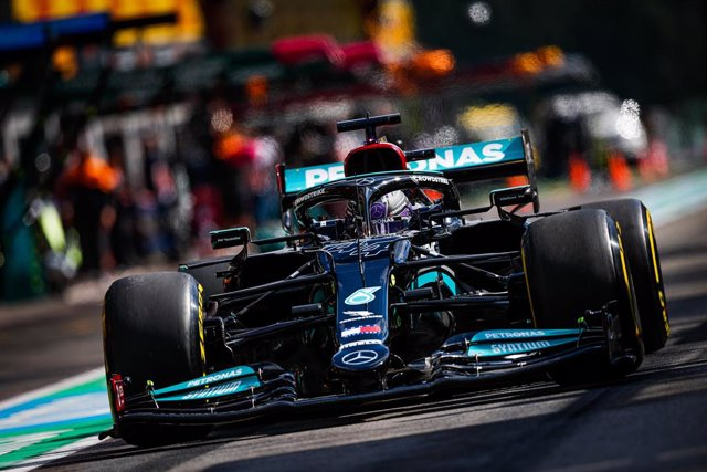 HAMILTON Lewis (gbr), Mercedes AMG F1 GP W12 E Performance, action during the Formula 1 Belgium Grand Prix, 12th round of the 2021 FIA Formula One World Championship from August 27 to 29, 2021 on the Circuit de Spa-Francorchamps, in Stavelot, near Liège,