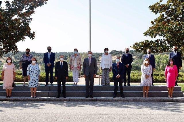 Su Majestad el Rey, Felipe VI, recibe en audiencia a una representación de la familia Barceló en la isla de Mallorca