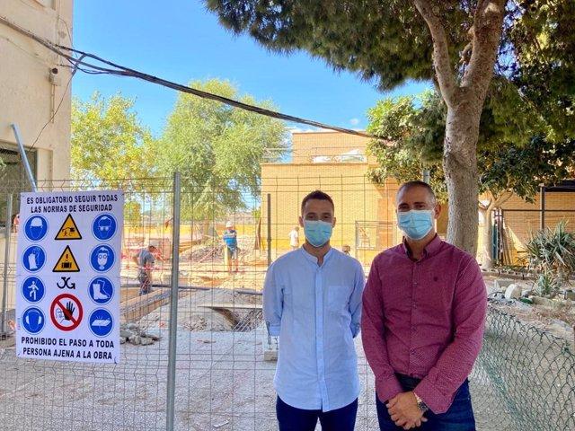 Jiménez visita el comienzo de las obras en el CEIP Ferrer Guardia de Almería