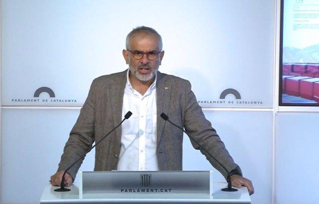 El líder de Cs a Catalunya, Carlos Carrizosa, en la roda de premsa al Parlament