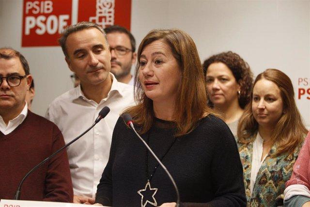 Archivo - La presidenta del Govern, Francina Armengol, durante su intervención en la noche electoral del 10N en la sede del PSIB-PSOE.