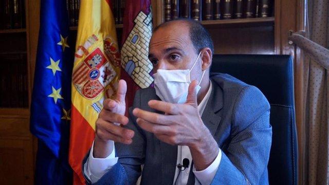 El presidente de las Cortes de Castilla-La Mancha, Pablo Bellido, en una entrevista con Europa Press