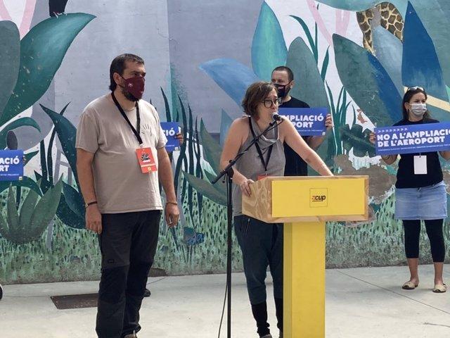 Eulàlia Reguant i Dani Cornellà rebutgen l'ampliació de l'Aeroport de Barcelona-El Prat i demanen a la Generalitat que desfacin l'acord.
