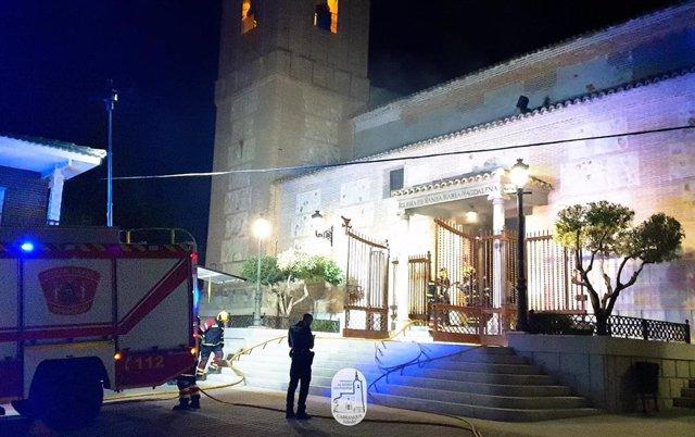 Incendio en la parroquia de Santa María Magdalena de Carranque (Toledo)