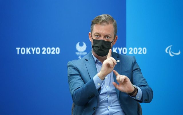 24 August 2021, Japan, Tokyo: Andrew Parsons, President of the International Paralympic Committee (IPC), gestures during an interview. Photo: Marcus Brandt/dpa