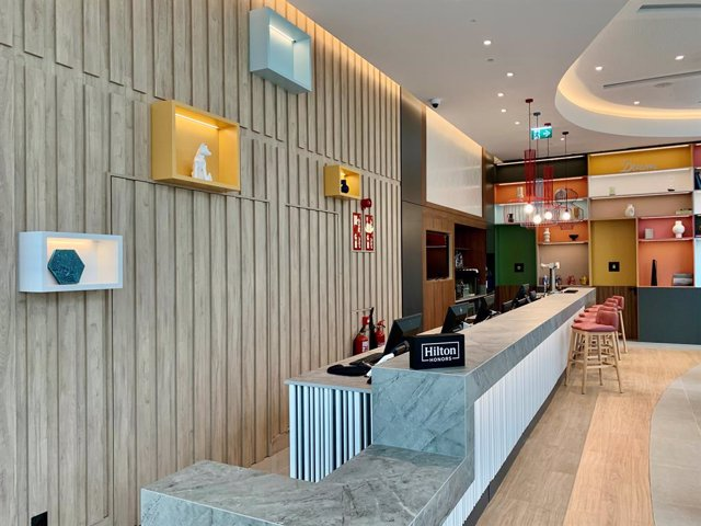 Interior del hotel Hamton by Hilton ubicado en L'Hospitalet de Llobregat (Barcelona).