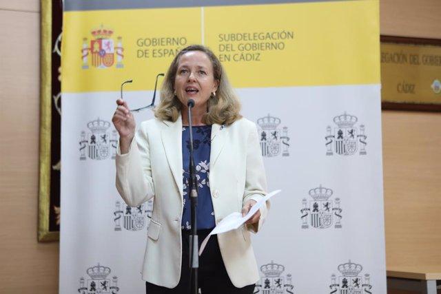 Arxiu - La vicepresidenta primera i ministra d'Afers Econòmics i per a la Transformació Digital, Nadia Calviño