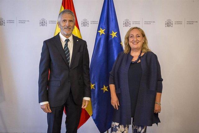 El ministro del Interior, Fernando Grande-Marlaska, se reúne con la representante de la UE para el Sahel, Emanuela Claudia del Re