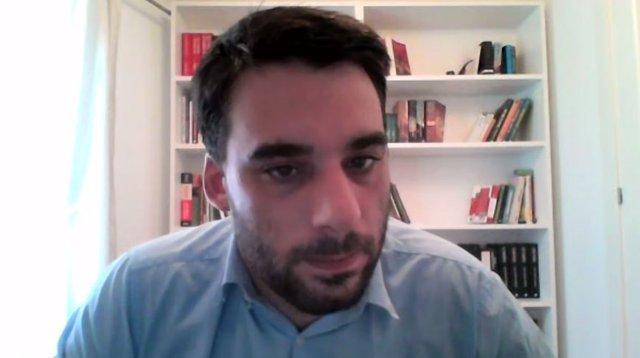 El portavoz de Podem Catalunya y diputado de los comuns en el Parlament, Lucas Ferro, en rueda de prensa telemática el 6 de septiembre de 2021.