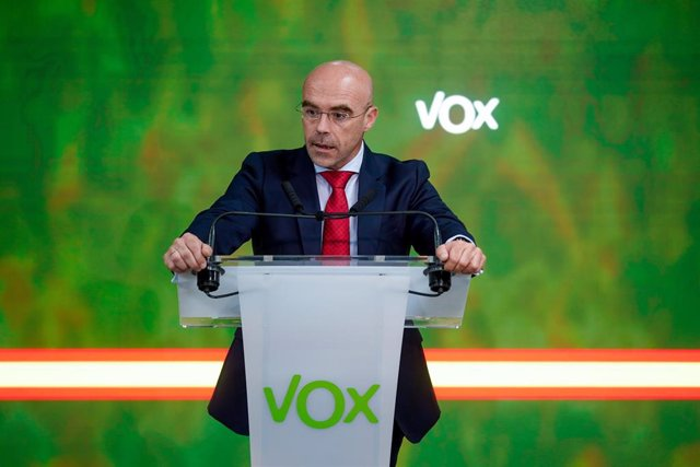 Archivo - El vicepresidente primero de Acción Política y eurodiputado de VOX, Jorge Buxadé